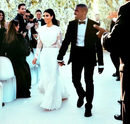 Robe De Mariee De Kim Kardashian Enfin Devoile The Hotjem