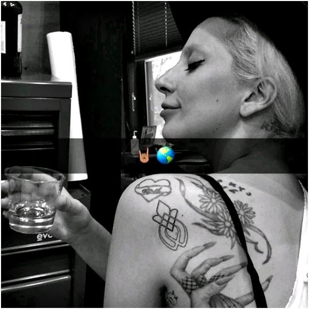 Gaga Tattoo1